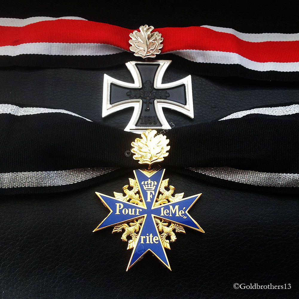 Knights Cross & Pour Le Merite With Leaves Highest Awards