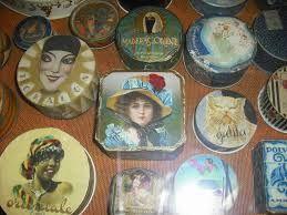 Resultado de imagen para museo de gal perfumeria