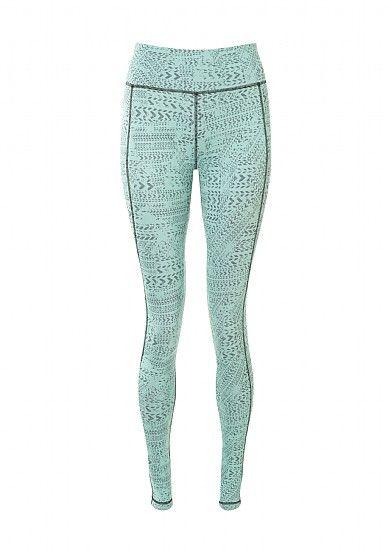 461027380057d Chandrasana Yoga Leggings   leggings   Sweaty Betty #AddedToMyCloset These  boldly printed reversible yoga leggings