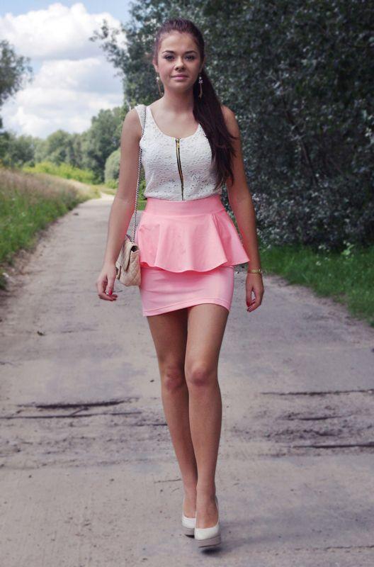 Sexy Girls In Micro Mini Skirts Hot 201 Pics Sexy Girl Micromini Miniskirt Skirt Micro Mini Skirt Mini Skirts Hot Legs18 Pinterest