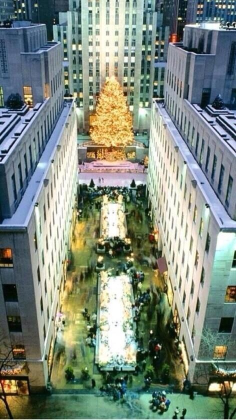 Rockefeller Center Christmas Time.. L.O.V.E walking around during this time