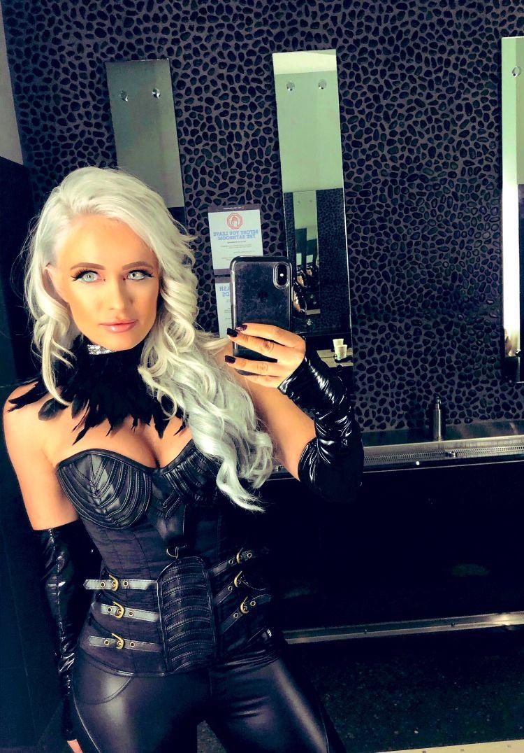 ROH-Scarlett Bordeaux | Hair styles, Long hair styles