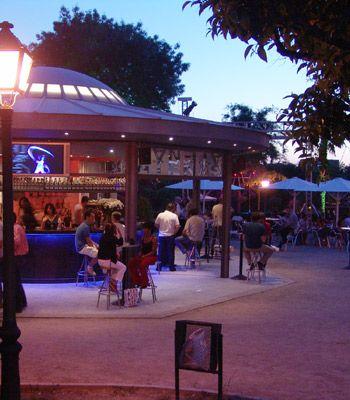 Terraza Atenas Parque En 2019 Terrazas Verano Y Parques