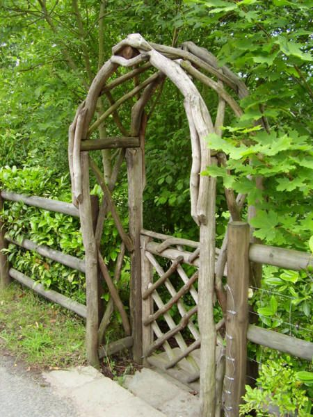 Wonderful Coppice Creations   Rustic Garden Gate From The Wyre Forest