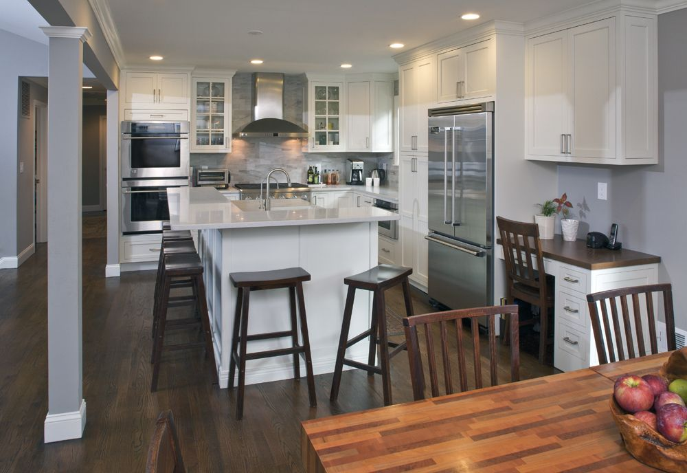 open plan raised bar seating ranch kitchen remodel on Organizing The Kitchen Area With A Dainty Kitchen Backsplash Decoration Model id=16925