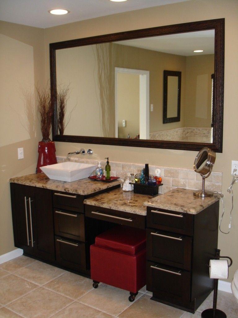 Single Vessel Sink Vanity With Make Up Area