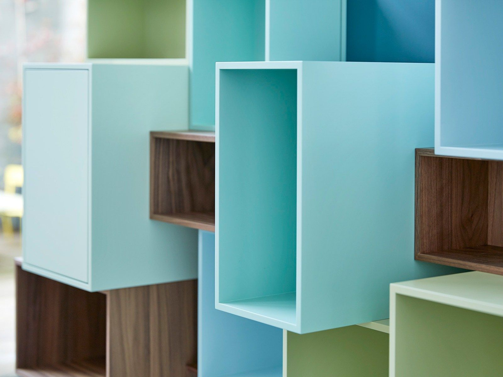Modular furniture system for stylish showpieces