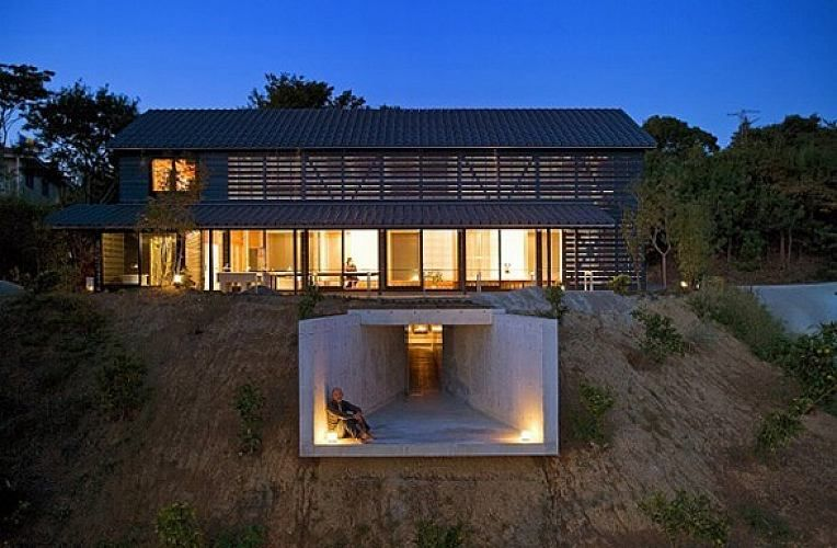 A Pole Barn Home With Earth Sheltered Elements A Unique