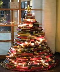 Libri Decorazioni Natalizie.Libri E Natale Christmas Books Idee Per L Albero Di Natale Albero Di Natale Fai Da Te Idee Natale Fai Da Te