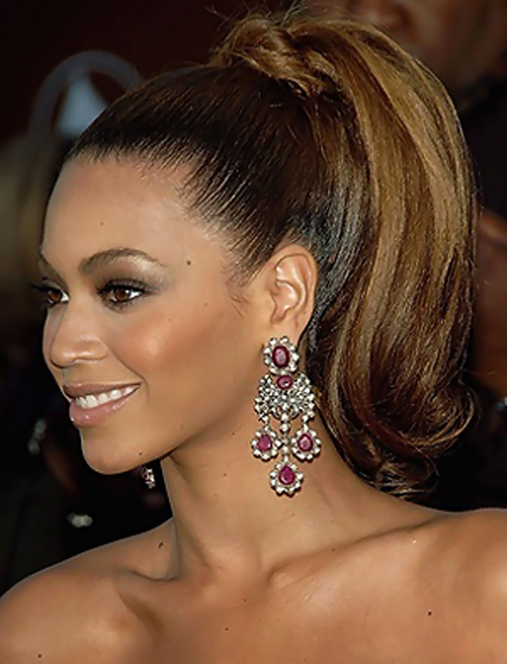beyonce #love this ponytail style for reception party. | wedding