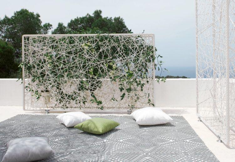 paravent aus unregelmäßig festgezogener metall-schnur   terassen, Garten ideen gestaltung