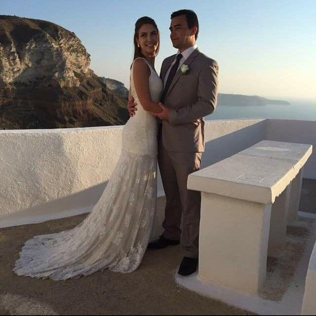 Muito Fê Liz por ter participado deste sonho!!! Vestido Fê Palazzo para Roberta Elias. Felicidades!!! Casamento em Santorini/ Grécia. Lugar maravilhoso!!!