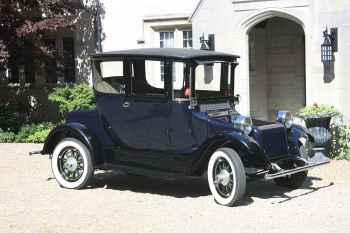 1918 Detroit Electric Coup Surprisingly Modern Looking