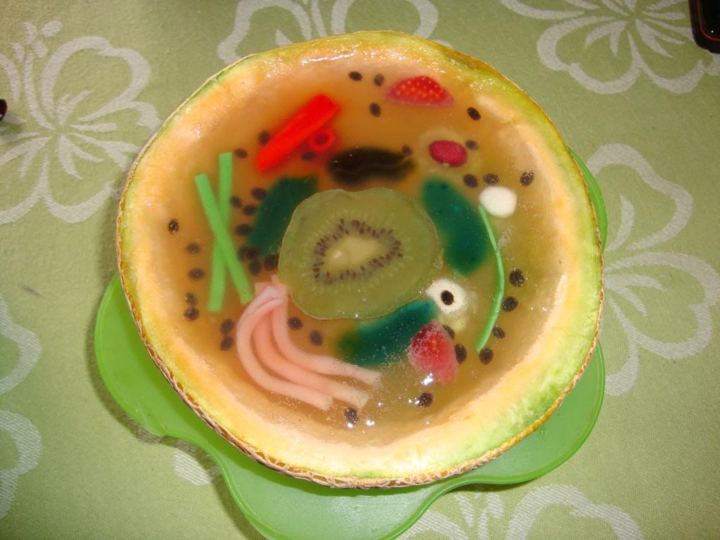 Celulas con gominolas y gelatina buscar con google - Manualidades con gominolas ...