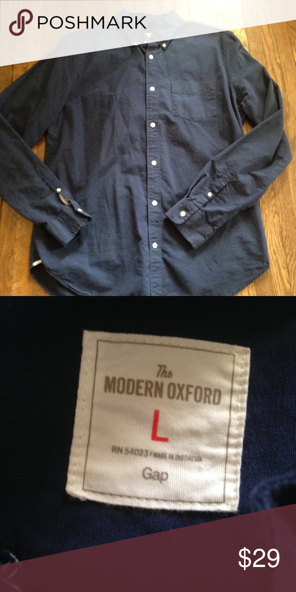Dark blue button down!! This is a great fall staple!! It looks great with jeans or khakis! It can be dressed up or down! It has no holes or stains! It comes from a smoke free but pet friendly environment! I ship Monday-Friday! I don't hold or trade! I don't negotiate the price in the comments! I only sell through poshmark! GAP Shirts Casual Button Down Shirts