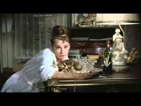 A breakfast at Tiffany with Audrey & Henry Mancini maybe?! Hooo Oui! ;)