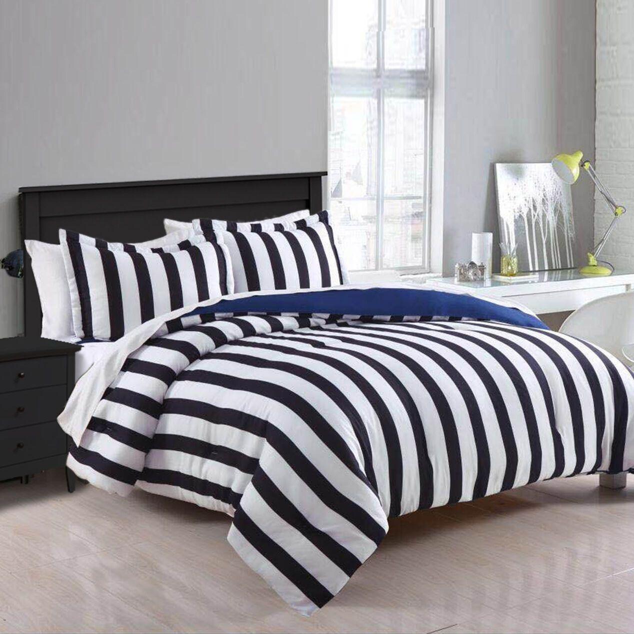 3Piece Black & White Striped Comforter Set, Full/Queen in