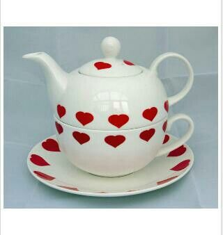 Hearts Tea For One