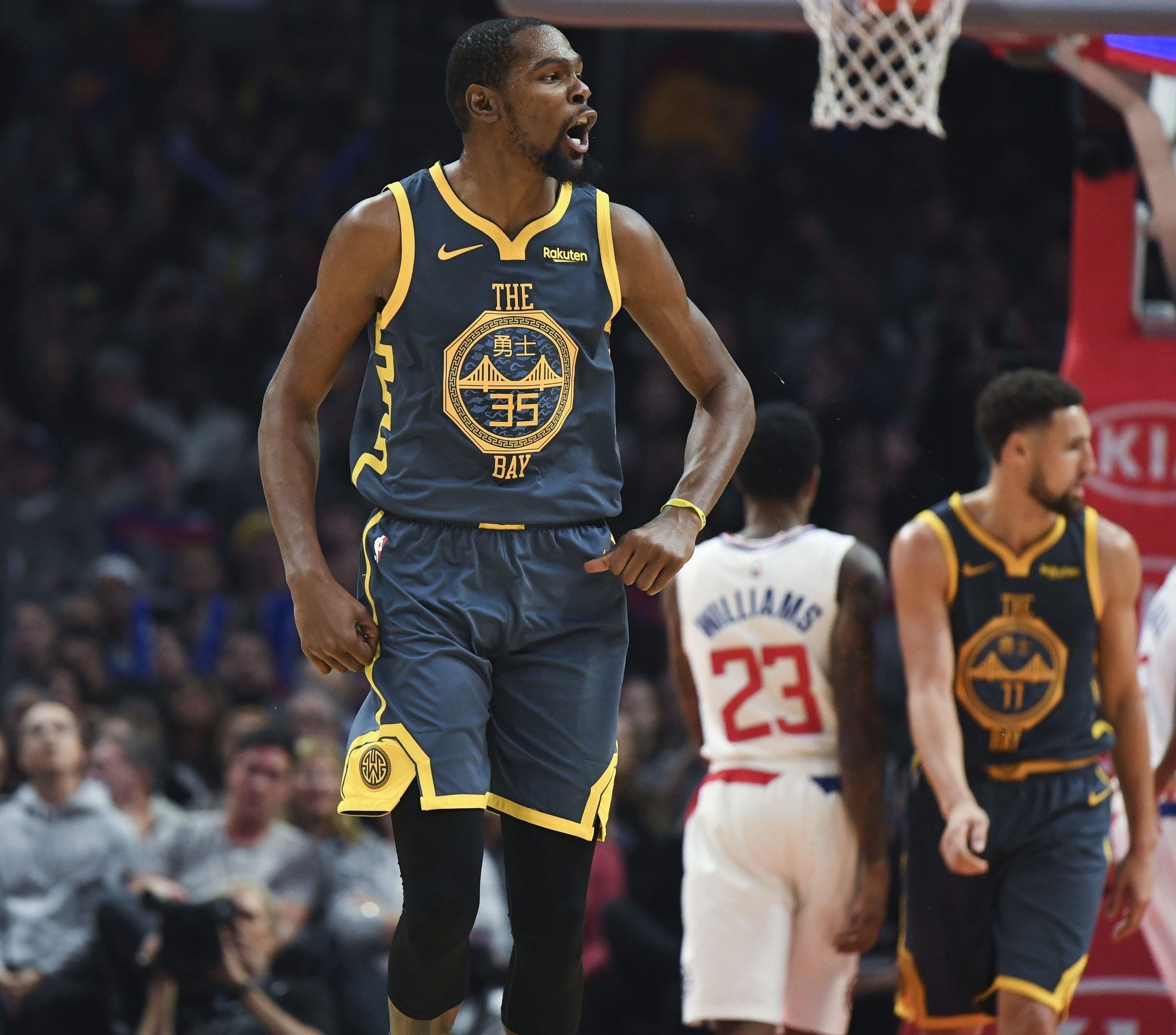 Dubs Suffer Third Loss Of Season The Warriors Lost Monday S Night Game Against The Los Angeles Clippers 121 1 Nba Golden State Warriors Green Warriors Warrior
