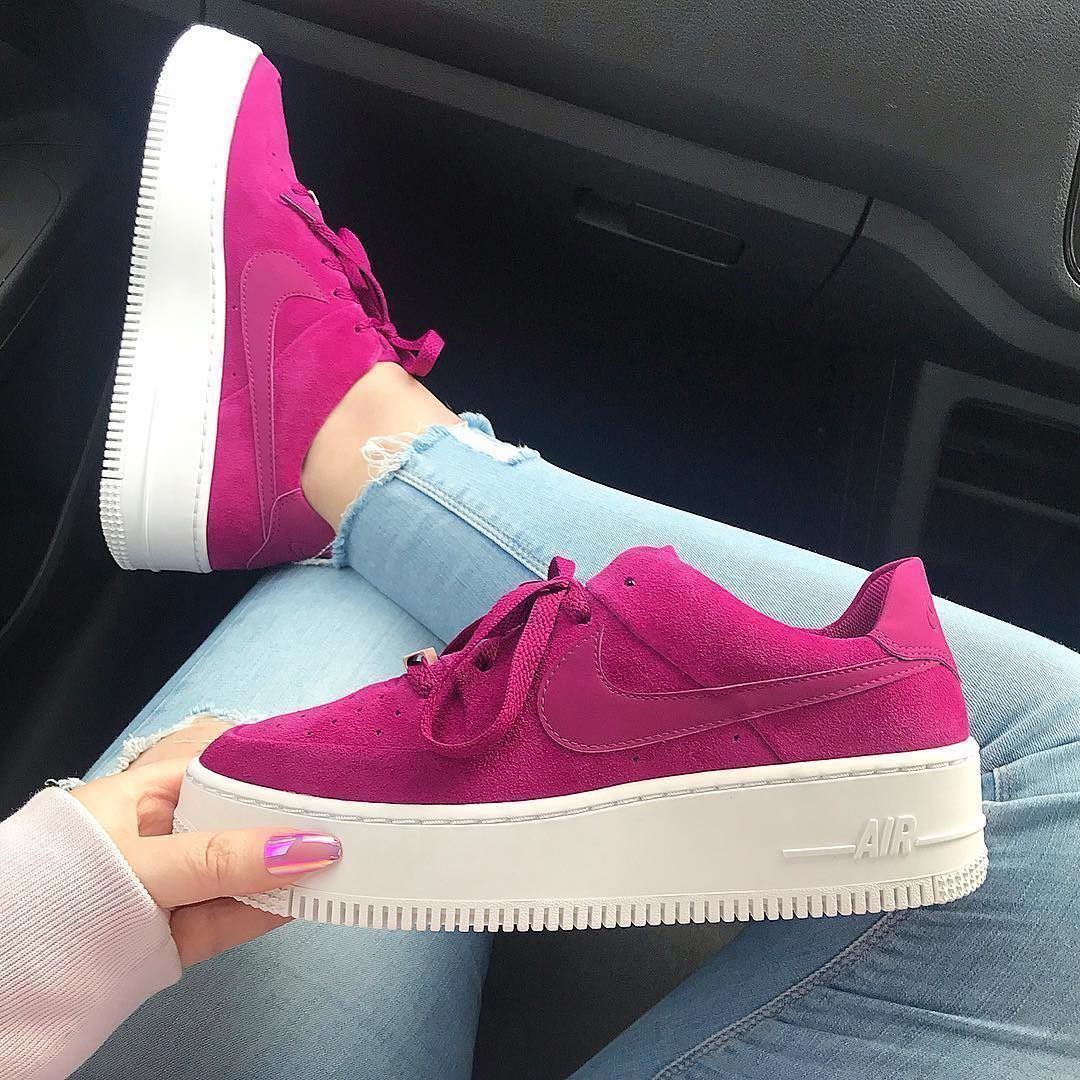We Love Sneakers On Instagram Air Force 1 Pink Suede Peaches Og Nike Shoes Outfits Beautiful Sneakers Nike Shoes