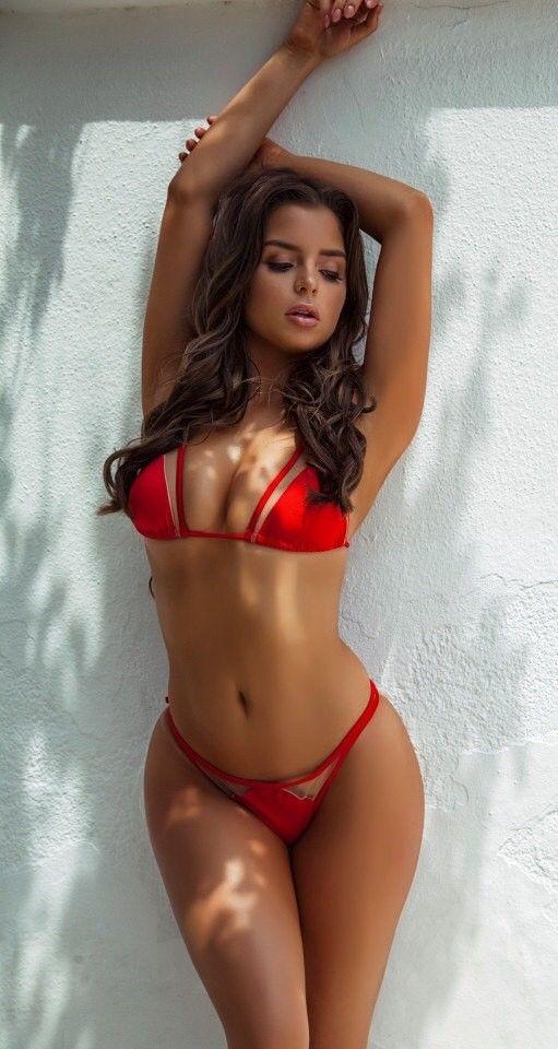 08055bbedda643 Hot Bikini Girl