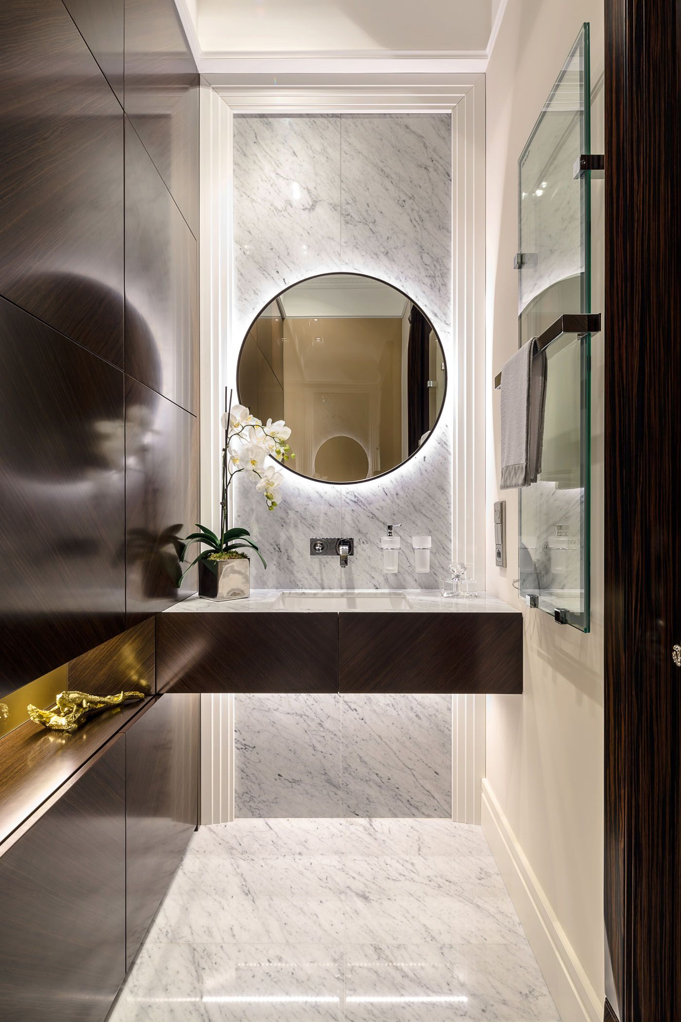 apartment in ospedaletti by ng studio bathrooms pinterest badezimmer g ste wc und b der. Black Bedroom Furniture Sets. Home Design Ideas