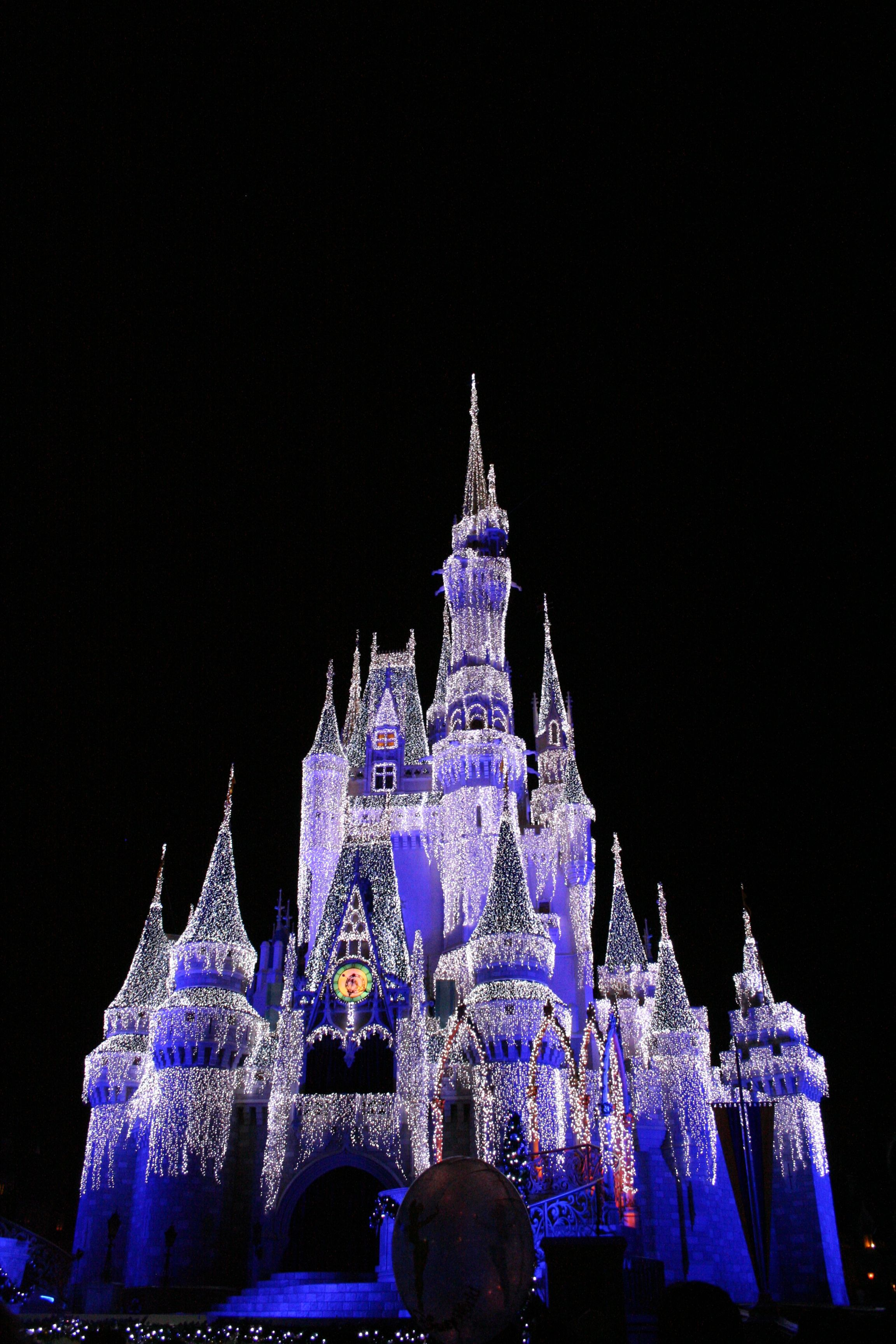 Cinderella Castle Dream Lights, Christmas in Magic Kingdom