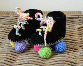 Roller babyzimmer ~ Baby roller derby rollerskates crochet baby shower gift hi top