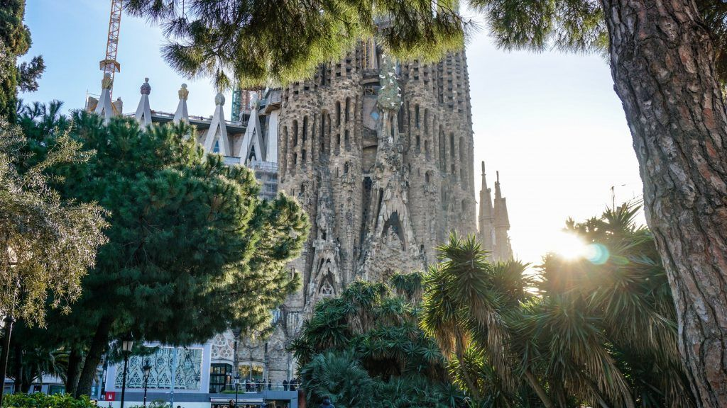 Barcelona In 3 Days Easy Guide For Your Best Holiday Cool Places To Visit Places To Visit Barcelona Travel