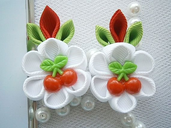 Items similar to Handmade Kanzashi girls toddler baby hair clips bows- buy in UK,shipping worldwide on Etsy