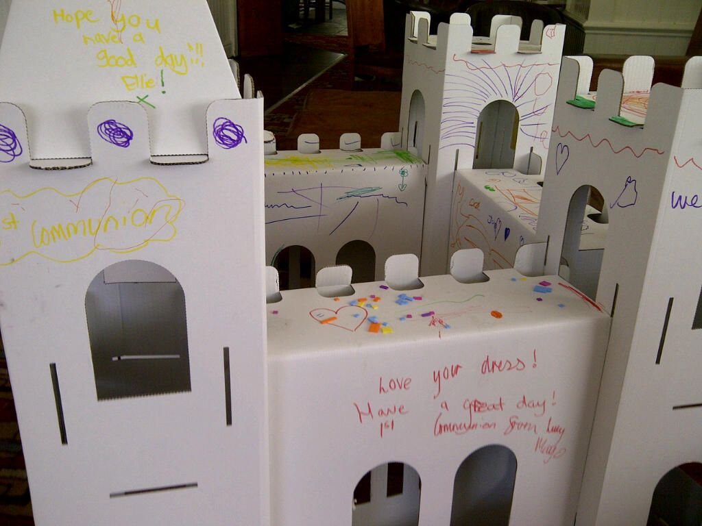 Here is one of our fantastic castles, this one was decorated at a wedding and is a lovely keepsake.