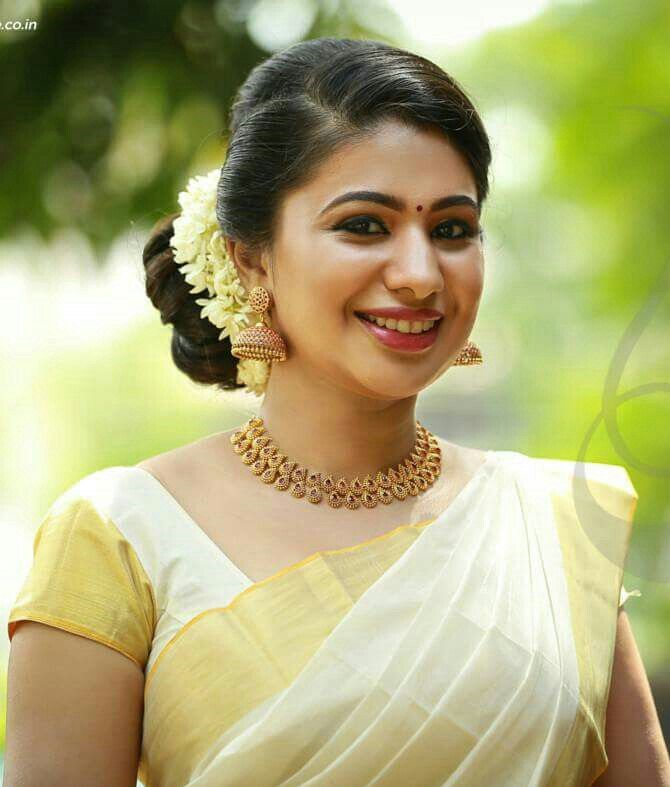 Kerala Kasavu Saree Saree Hairstyles Set Saree Saree
