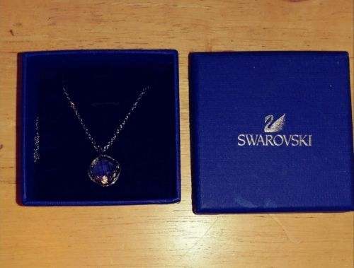 Swarovski crystal pendant necklace - New! https://t.co/SUEbs8UoV5 https://t.co/rxZeQb7TNe
