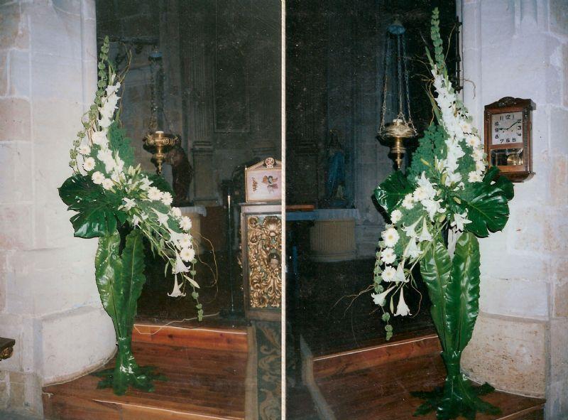 encuentra este pin y muchos ms en flores para boda en zamora de catlogo de arreglos florales