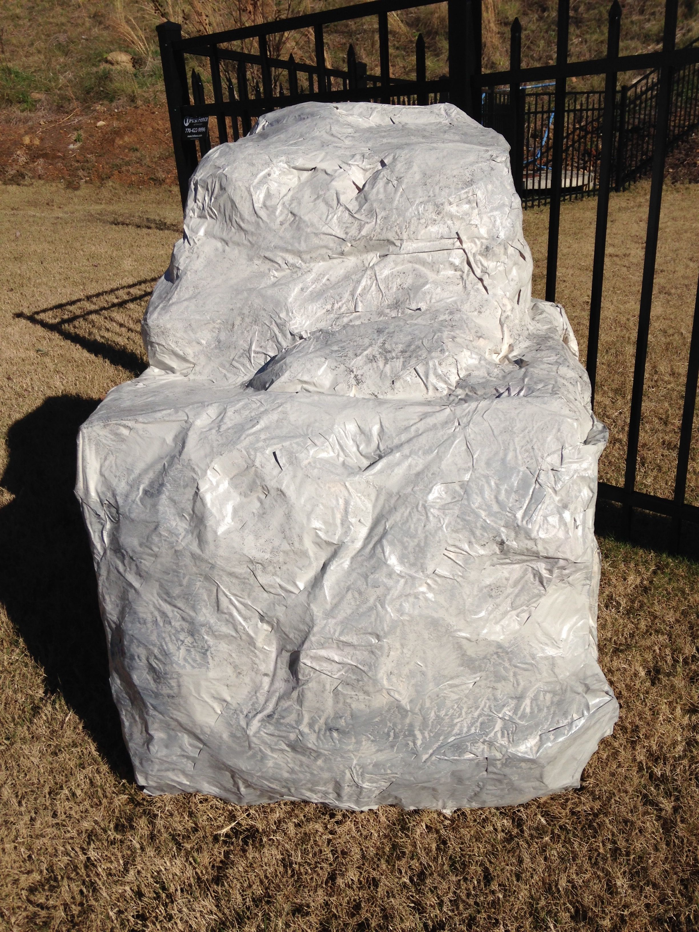 Paper mache boulder geology rocks play pinterest for Papier mache rocks