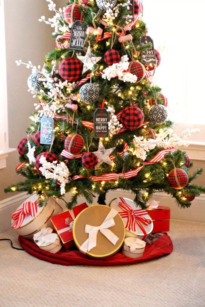 Merry & Plaid Holiday House Tour - Jenn Ely Interi