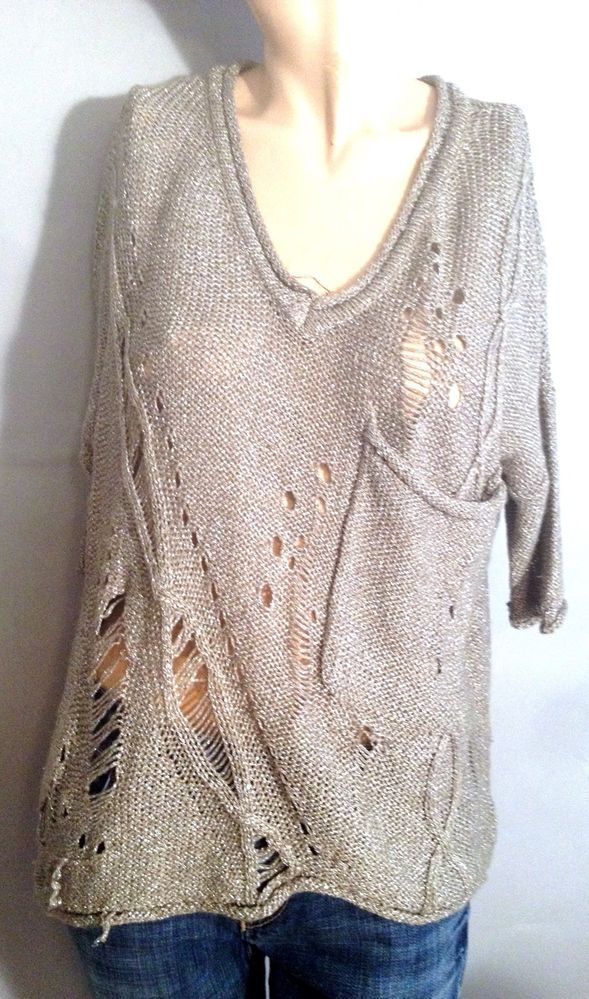 Willow & Clay Gold Metallic Hole Sweater Size Medium #WILLOW #VNeck