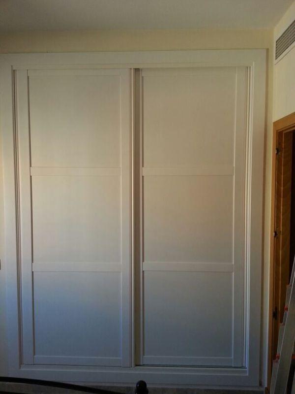 Frente melamina blanca con tapetas decorativas armarios - Frente armario corredera ...