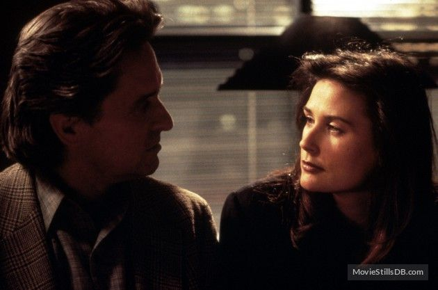 Disclosure 1994 Michael Douglas And Demi Moore Demi Moore Disclosure Film Movie Blog