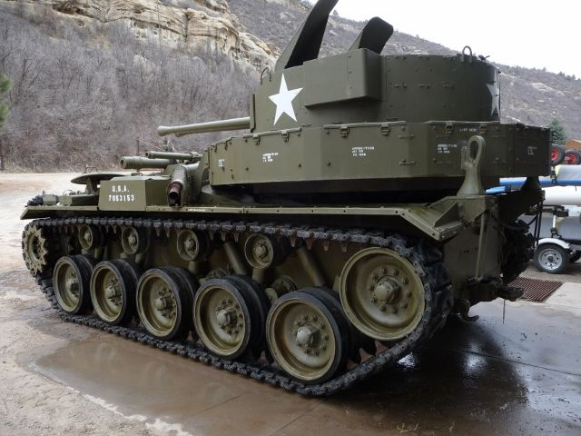 """For sale: 1944 M-19A1 """"Duster"""" Anti-aircraft Vehicle"""