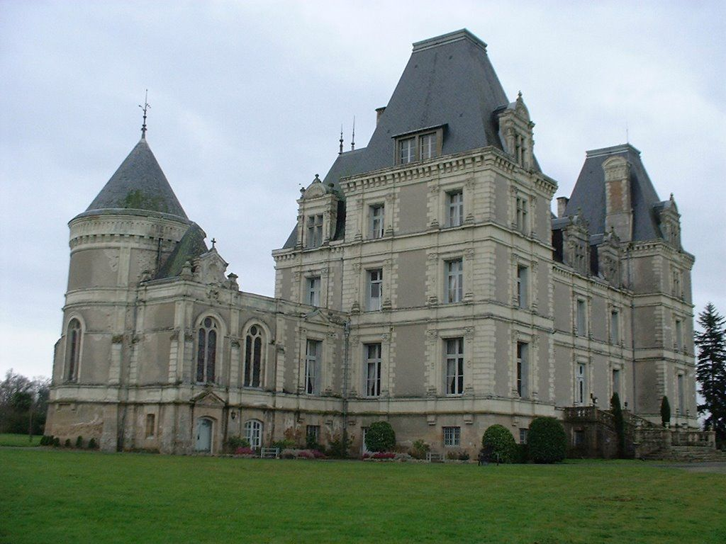 ch 226 teau de la tremblaye maine et loire castles churches and mills gothique