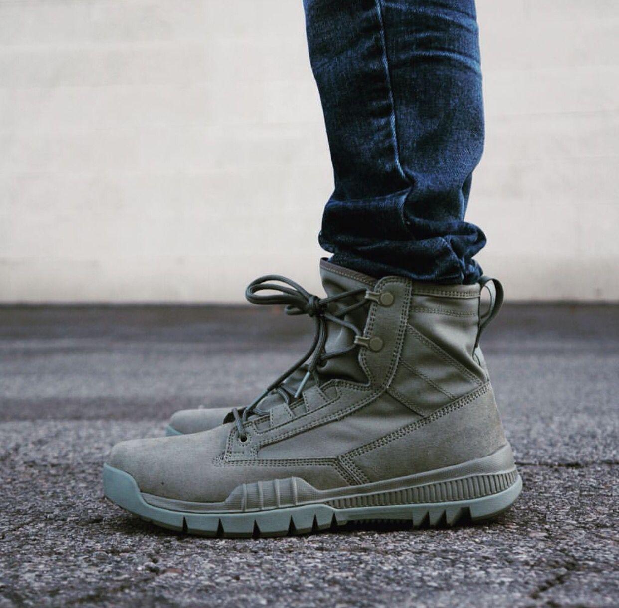 Círculo de rodamiento romano Tratamiento Preferencial  Nike SFB | Mens boots fashion, Boots men, Nike sfb boots