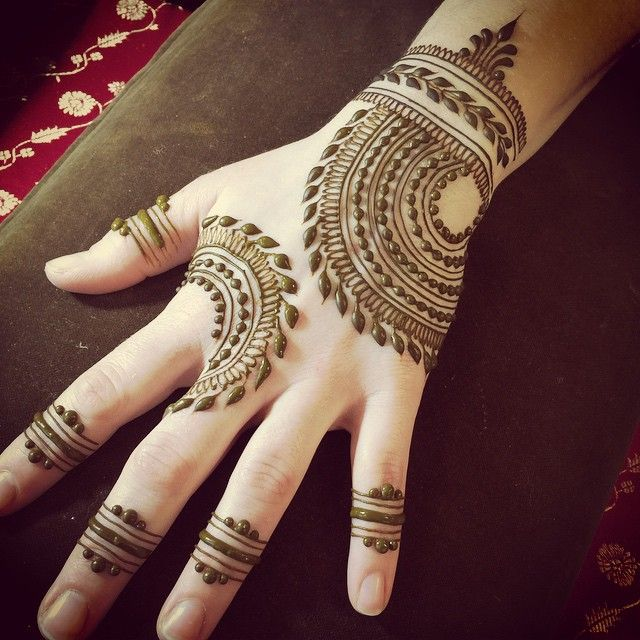 See most beautiful henna mehndi designs images for every festivals and events we have  collection of easy best mehandi art you also salma laxmeshwar salmalaxmeshwar on pinterest rh