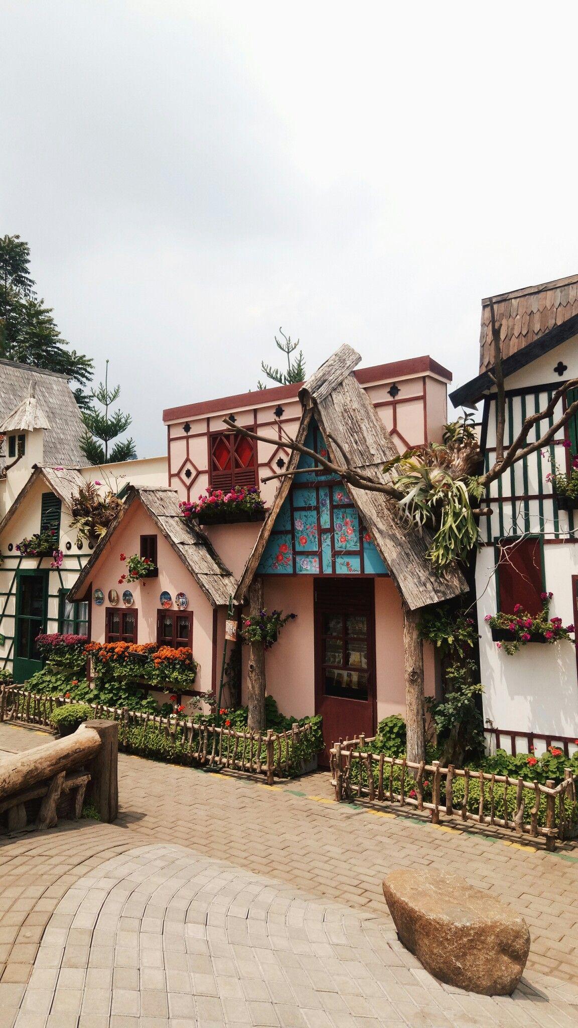 farmhouse lembang indonesia Food & Places Dekorasi