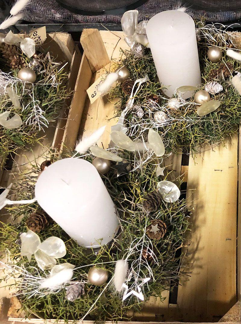 Naturmaterialien Durchgefarbte Kerzen Mit Schlichten Weissen Und