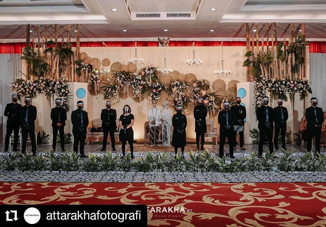 Repost Attarakhafotografi Bandung From Wedding New Normal Nursyifa Fauzi Venue Grandasrilia Hotelbdg In 2020 Wedding News Wedding Flapper Dress