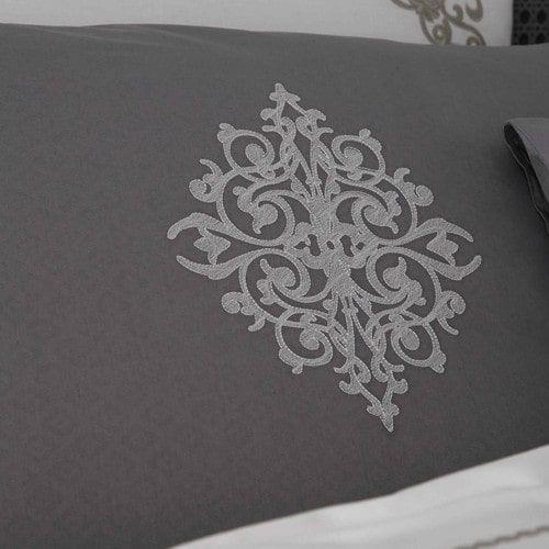 Parure de lit 220 x 240 cm en coton blanche grise COLETO Maison du