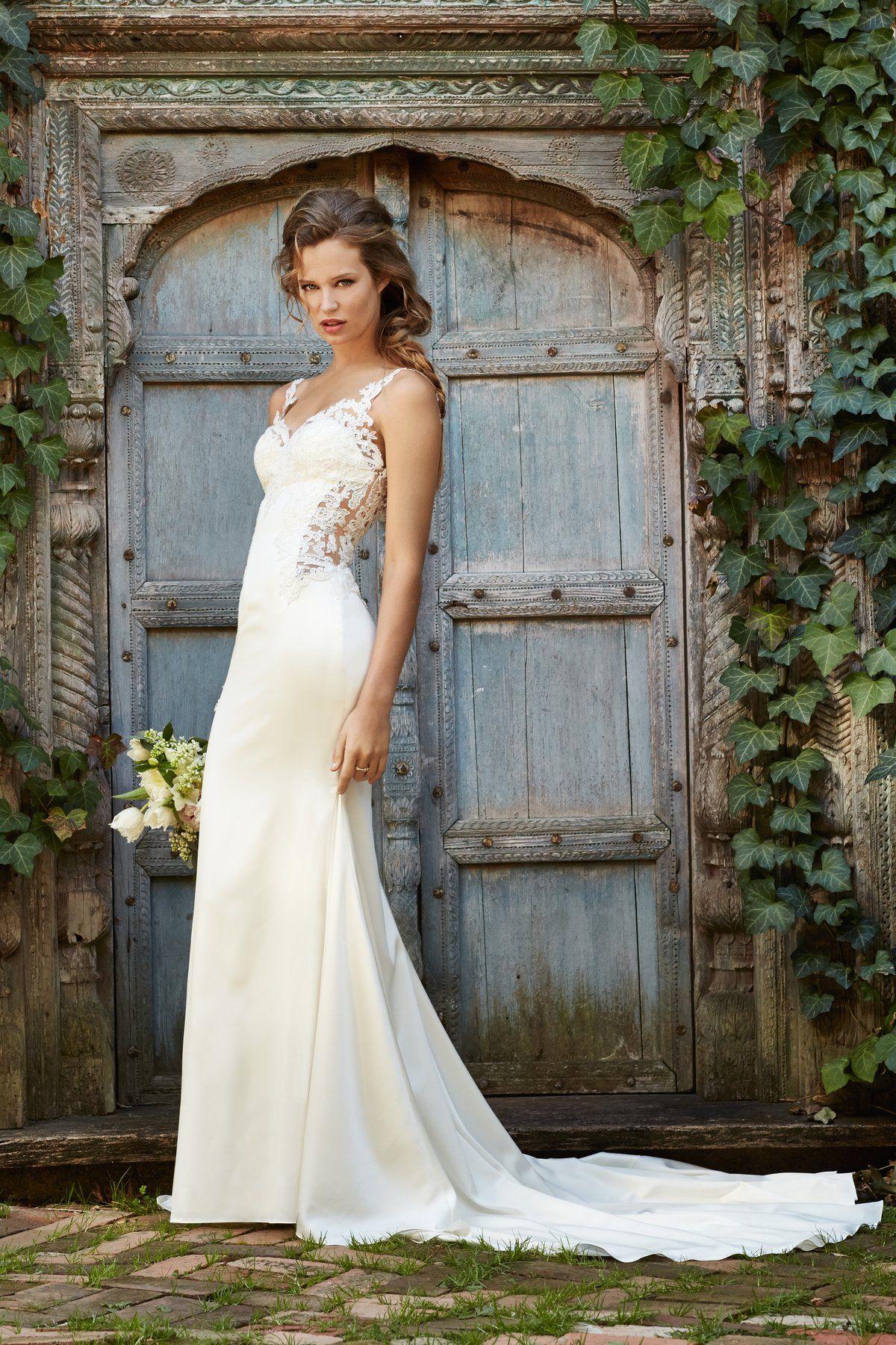 Watters Cora Style 53313 Size 4 Wedding Dress