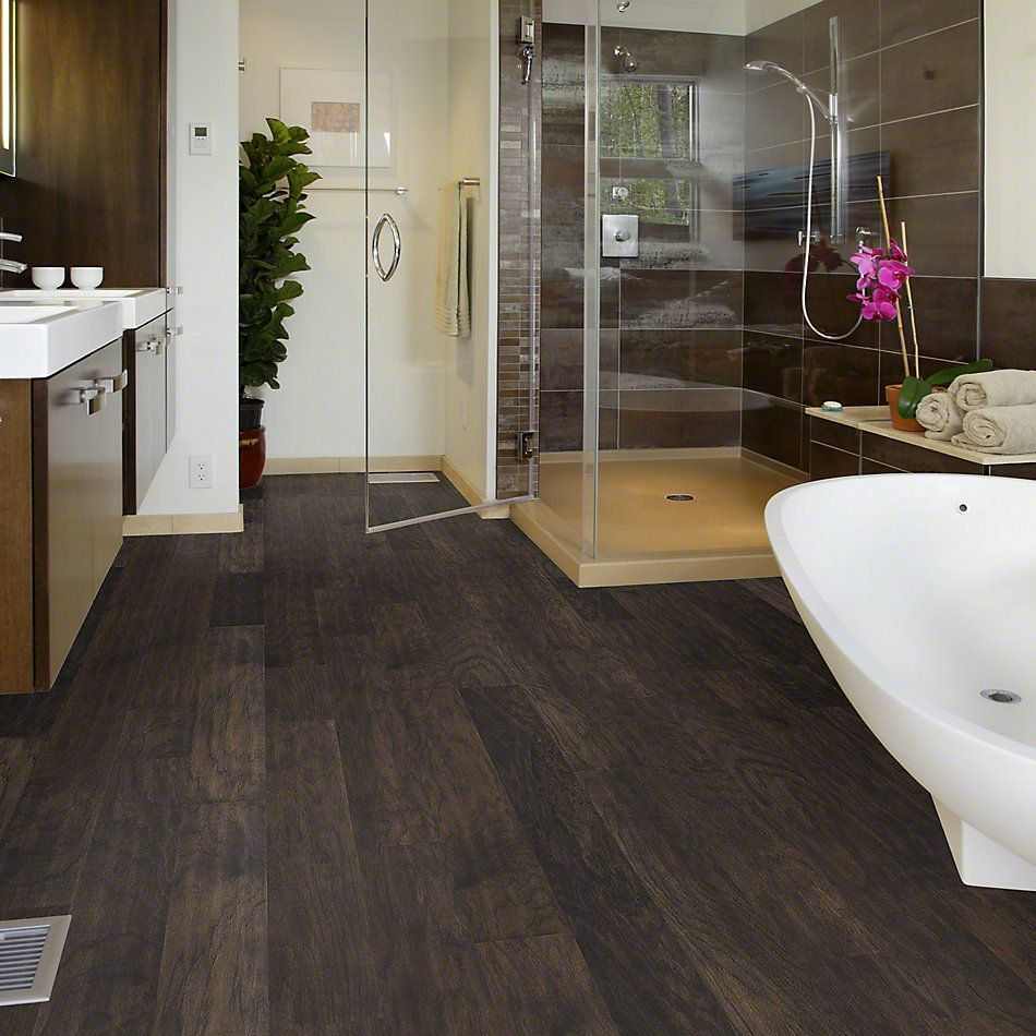 Shaw Criders Valley in Stonehenge wood flooring (Hickory