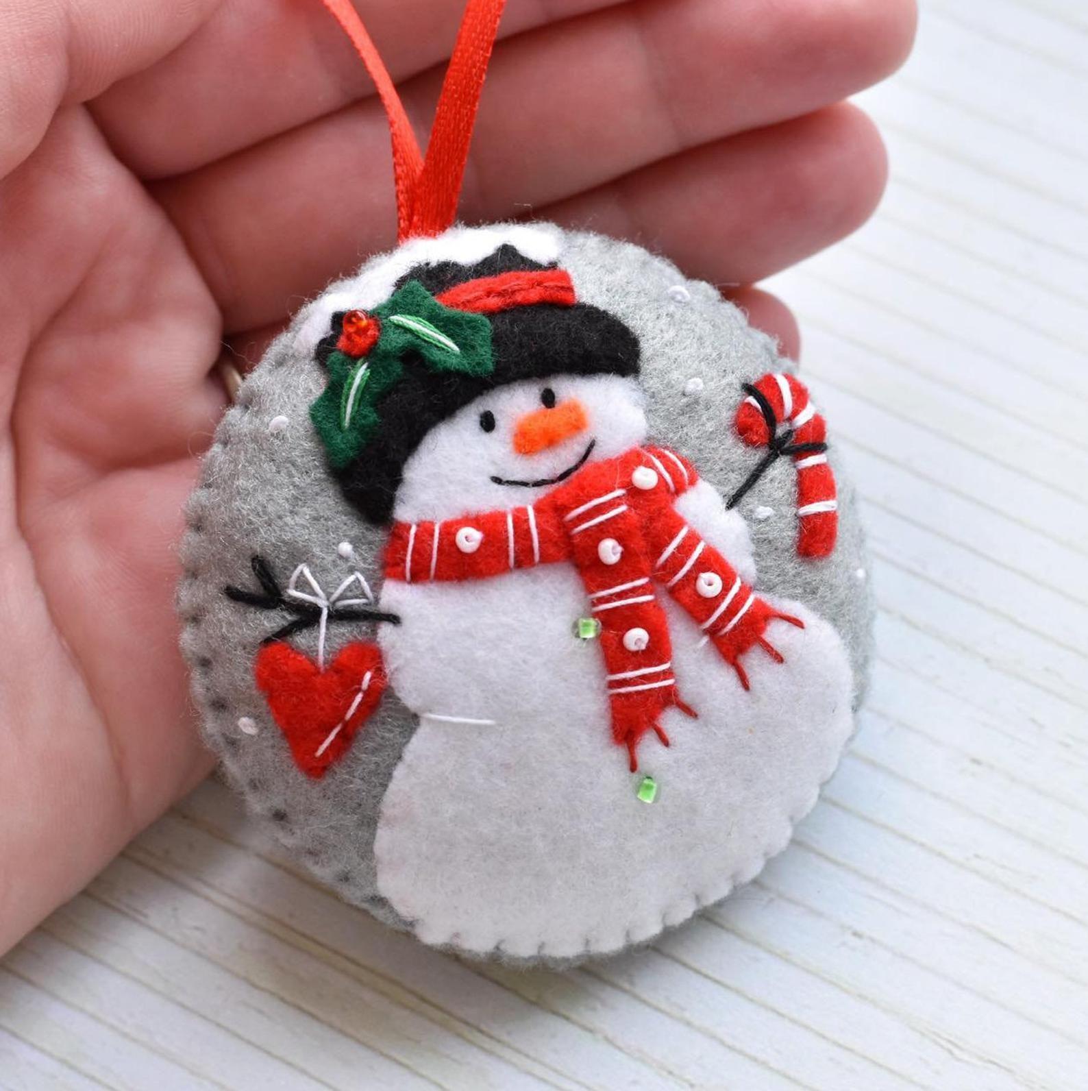 Felt Snowman Snowman Decoration Snowman Christmas Ornament Etsy Handmade Felt Ornament Diy Felt Christmas Ornaments Felt Crafts Christmas
